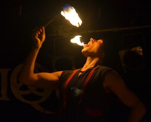 Feuerschlucken