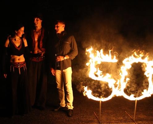 Nach der Feuershow mit dem Jubilar...